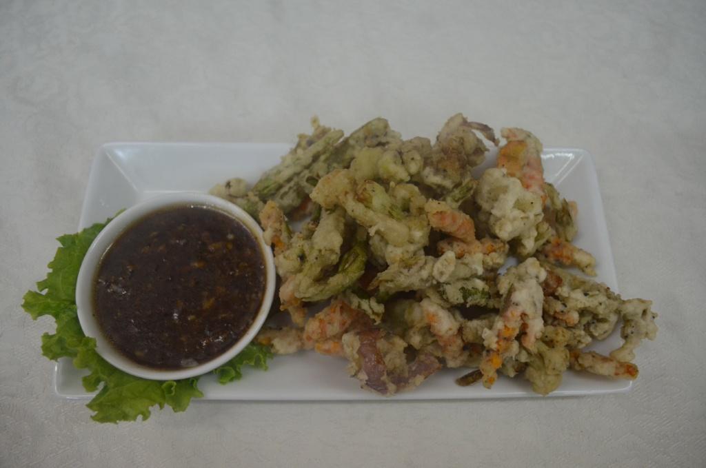 Black Pepper Vegetable - Pak Ruam Tot Sot Prik Tai Dam