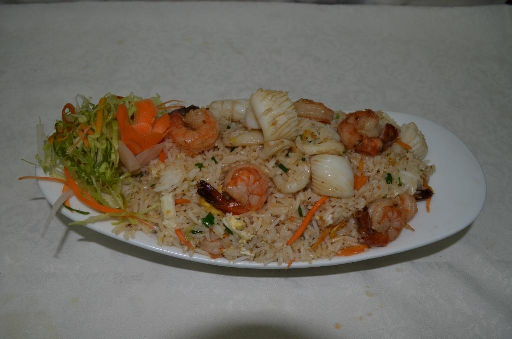 Seafood Fried Rice - Khao Phad Ruam Mid Talay
