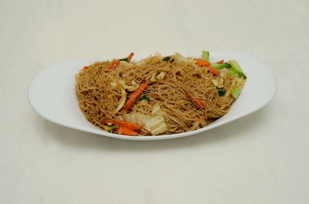 Chicken Thin Noodles - Phad See Eiw Gai
